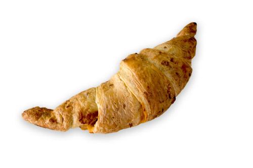 057_QTE_Corn_Croissant_with_cheddar_110g_en_croissants